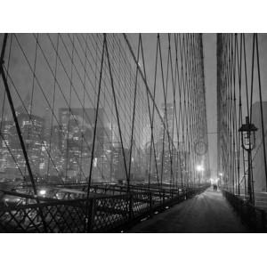 Michel Setboun - On Brooklyn Bridge by night, NYC