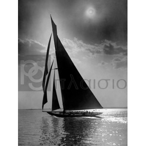 Edwin Levick - The Vanitie during the America's Cup, ca. 1900-1910