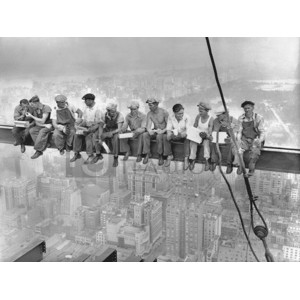 Charles C. Ebbets - New York Construction Workers Lunching on a Crossbeam, 1932