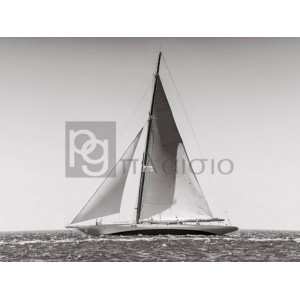 Anonymous - Classic racing sailboat