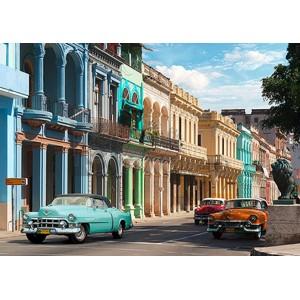 PANGEA IMAGES - Avenida in Havana, Cuba