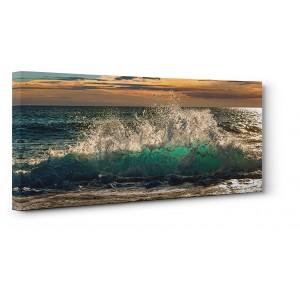 Pangea Images - Wave crashing on the beach, Kauai Island, Hawaii (detail)