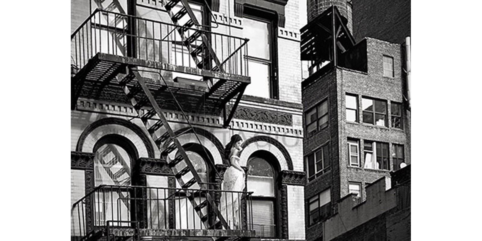 JULIAN LAUREN - TriBeCa Beauty, NYC