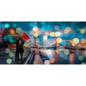 Dianne Loumer - Kissing in London