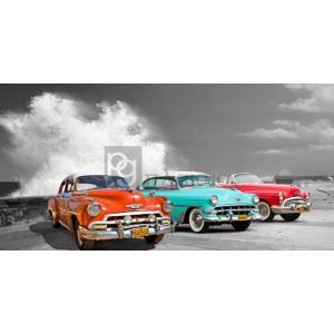 Pangea Images - Cars in Avenida de Maceo, Havana, Cuba (BW)