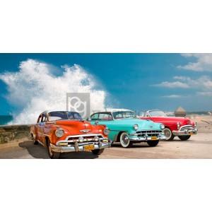 Pangea Images - Cars in Avenida de Maceo, Havana, Cuba
